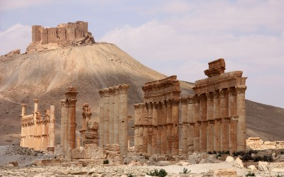 "Town and Country: Terrorists Looting Antiquities On ""An Industrial Scale"""